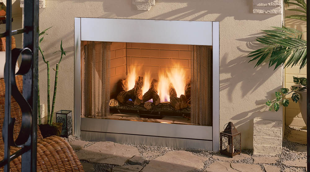 The Al Fresco Vent-Free Gas Outdoor Fireplace is fully insulated and features weather-resistant burners. Available at San Carlos
