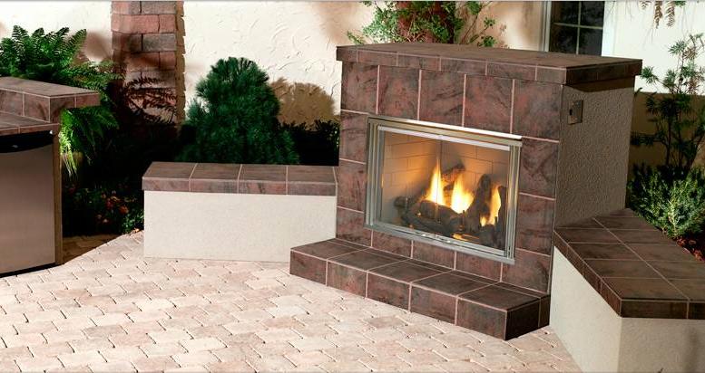 Heat & Glo Dakota Outdoor Gas Fireplace